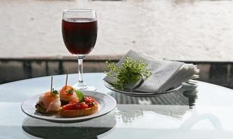 cocktail dining set