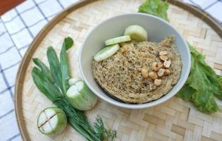 Crispy catfish salad with green vegetable