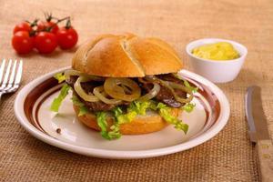 Ochsensemmel, grilled beef with onion rings in bread rolls