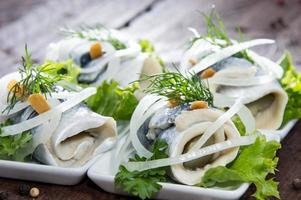rollmop feito fresco em um prato