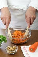 making grated carrot salad