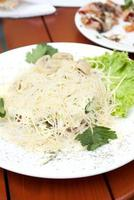 Salad with grated cheese