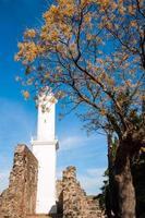 antigo farol em colonia del sacramento, uruguai