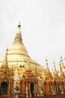pagoda de yangon shwedagon foto