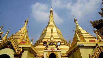 Sule Pagoda, Yangon, Myanmar. photo