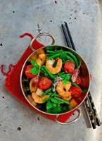 srimps salteados foto