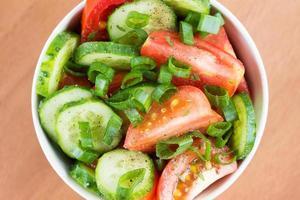ensalada de vegetales frescos foto
