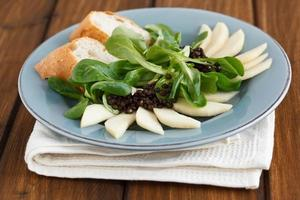 Field Salad with Pears