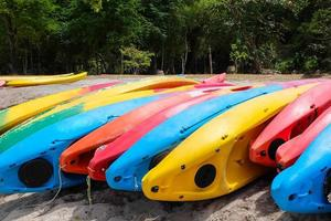 kayaks brillantes