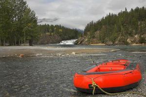kayaks rojos