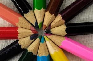nuevos lápices de colores con textura