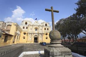edifícios coloniais em antigua, guatemala