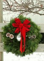 outdoor wreath photo