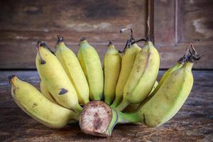 Yellow bananas fruit