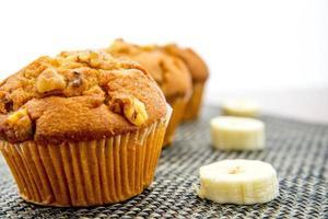 Muffins de banana com castanhas