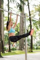 ejercicios abdominales inferiores foto