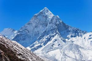 Ama Dablam, Himalaya photo