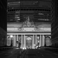 Facade of Grand Central Terminal photo