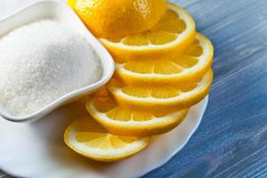 lemon with sugar