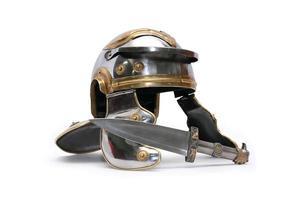 casco y daga
