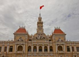 hotel de ville saigon (1908), ciudad ho chi minh, vietnam foto