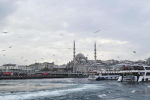zeeverkeer in istanbul, bosporus