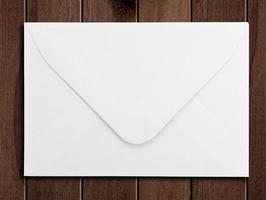 White envelope photo