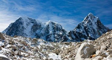 Arakam Tse, cholatse and Tabuche Peak