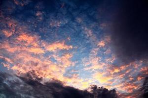 puesta de sol pastel foto