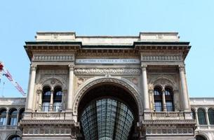 Vittorio Emanuele II Gallery, Milan, Italy photo