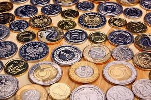 monedas de dinero polaco foto