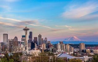 Seattle downtown skyline and Mt. Rainier at sunset WA
