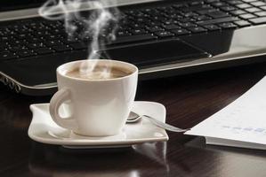 café y laptop