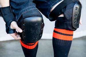 close-up knee pads