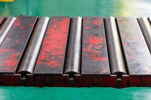 Close up rollers conveyor