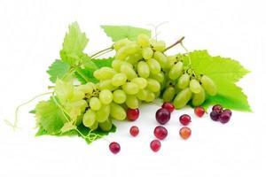 Primer plano de uvas verdes. foto