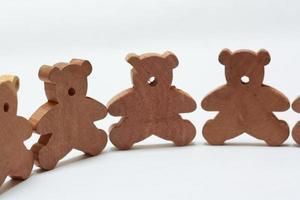Wooden bears making cirlce