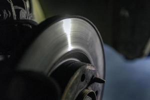 Rotor de freno de coche desgastado foto