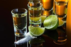 tequila y lima