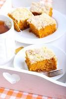 pastel de calabaza y café foto