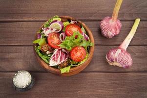 vegetable salad in bowl photo