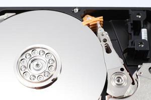 Unidad de disco duro (HDD): componentes de hardware de la computadora. foto