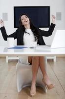 mujer joven en los negocios foto