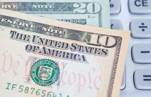 los billetes de dólar por concepto de negocios y finanzas