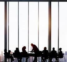 gente de negocios, reunión, concepto de equipo de paisaje urbano