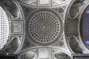 interiores da necrópole do panteão, paris, frança