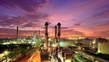 Oil refinery photo