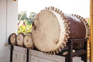 tambor de couro de duas cabeças