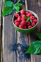 Fresh raspberries in a bowl