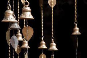 pequeñas campanas del templo